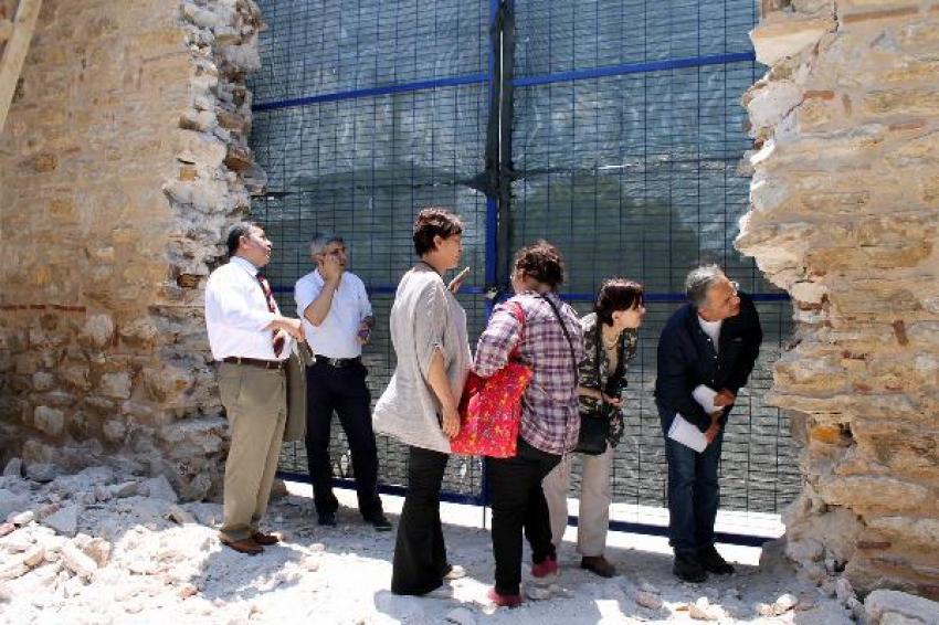Bursa'da tarihi duvarın yıkılmasına savcılık soruşturması