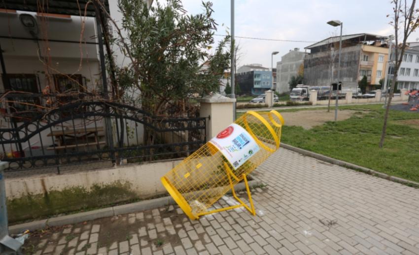 Gursu'da pet şişe kafesleri oluşturuldu