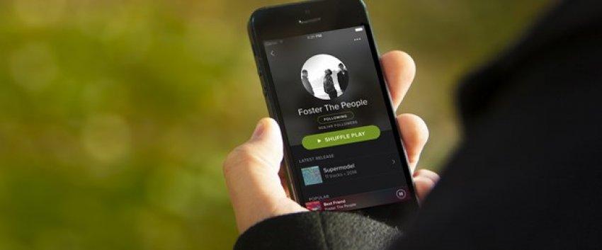 Spotify kan kaybetmeye devam ediyor