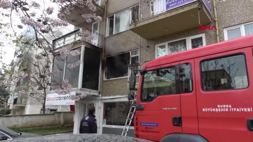 Bursa'da sevgilisinin kaldığı evi ateşe verdi