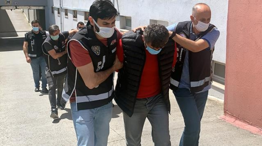 Silah kaçakçılarının lideri öğretmen çıktı