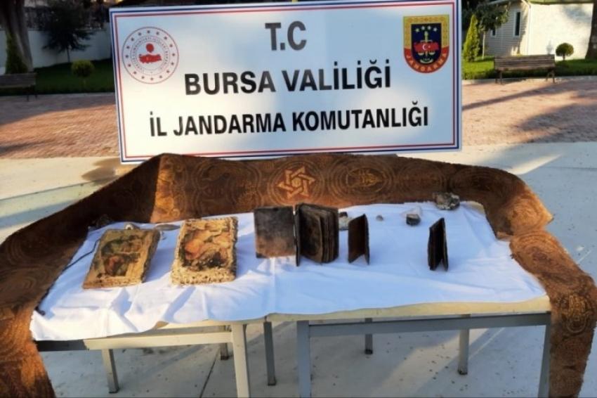 Bursa'da 2000 yıllık tarihi eserler ele geçirildi