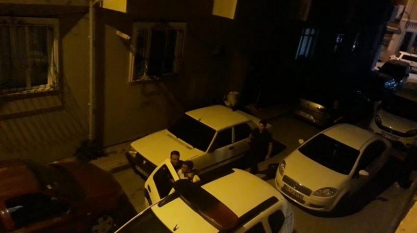 Bursa'da el feneriyle eve giren 2 hırsız suçüstü yakalandı