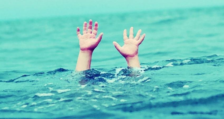 Serinlemek için su kanalına girdiler, ölüm gecikmedi