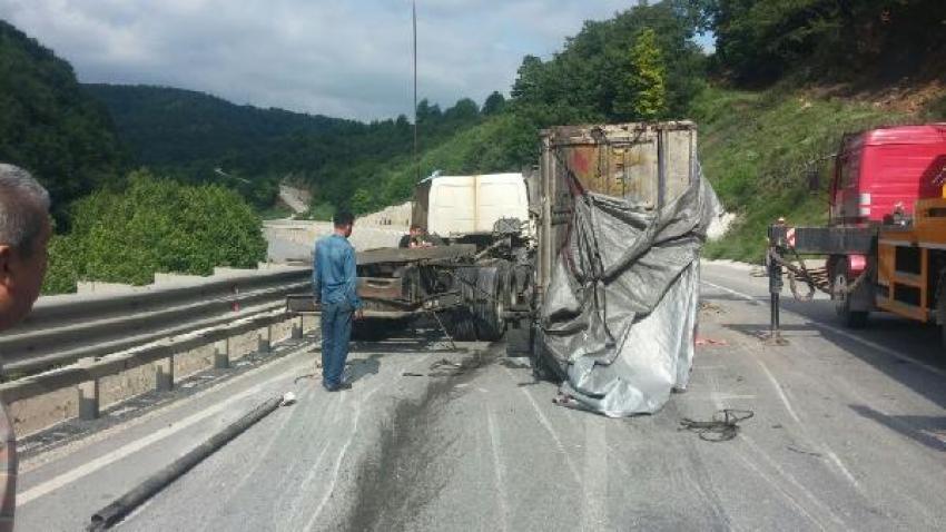 Bursa'da trafiği kapatan kaza!  2 saat ulaşım durdu