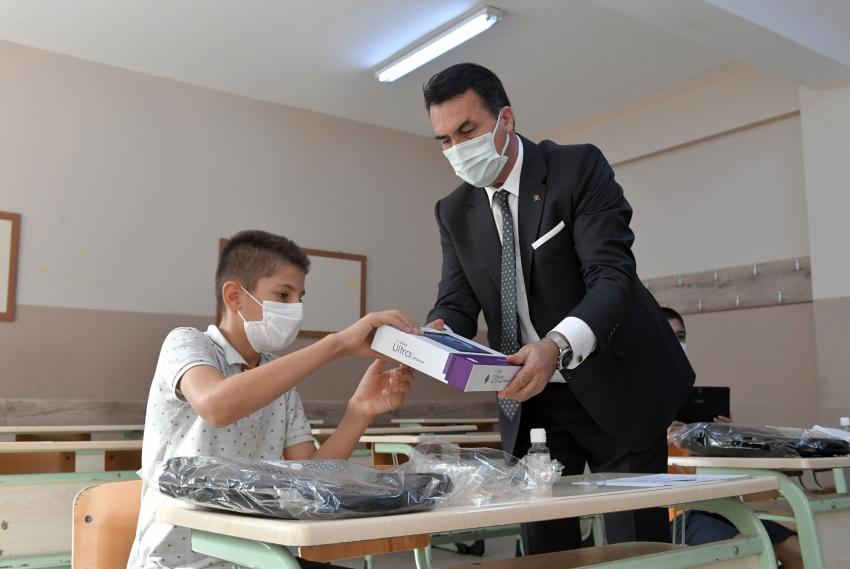 Osmangazi'den Şırnak'a eğitim kardeşliği