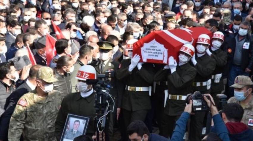 Gara şehidinin silahı yakalanan PKK'lı teröristin üzerinde bulundu