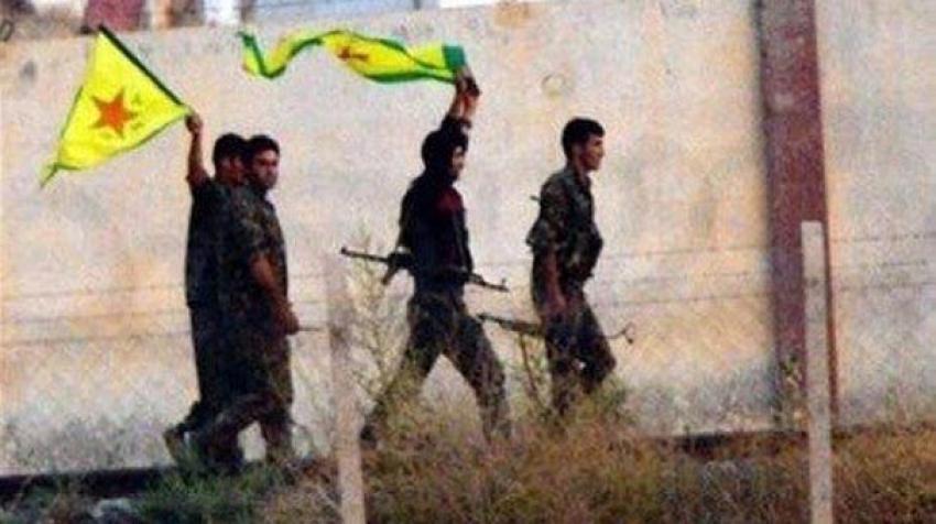 Tel Abyad'da bayrak krizi...