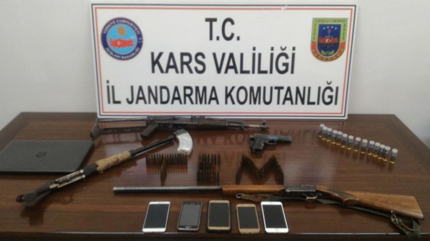 Terör operasyonunda 11 gözaltı
