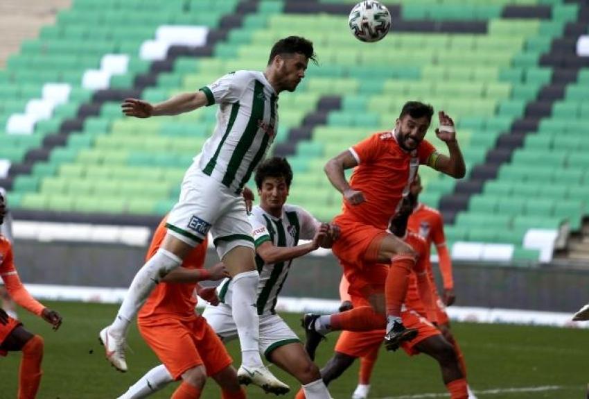 Zorlu maç Bursaspor'un