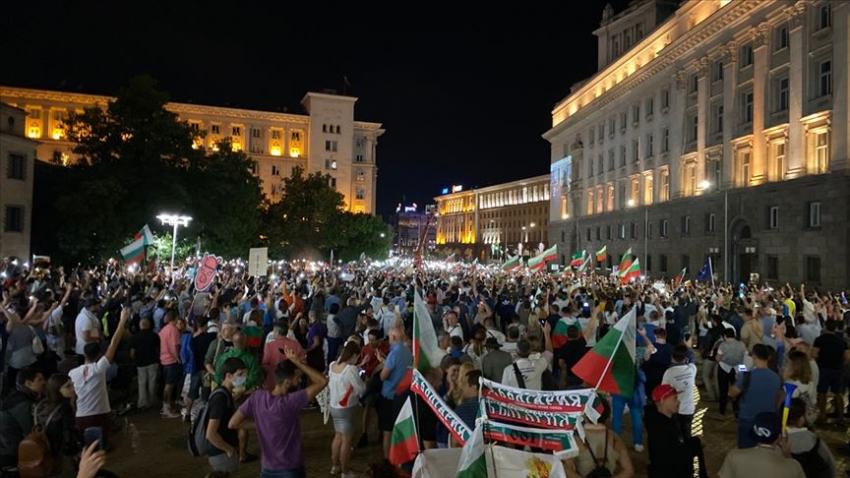 Bulgaristan'da protestolar ivme kazanıyor!