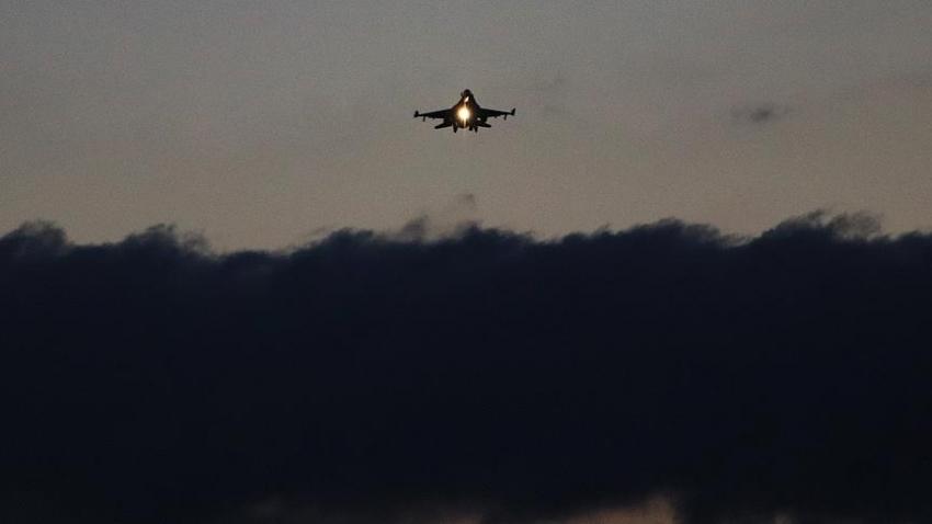 TSK'dan Afrin'deki terör hedeflerine hava harekatı