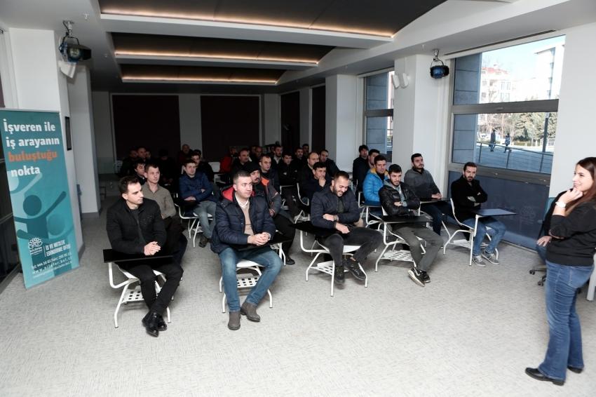 İş arayanlarla işverenler Nilüfer Belediyesi'nde buluşuyor