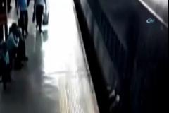 Tren istasyonunda korkunç ölüm