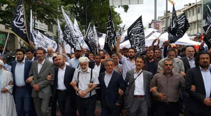 İstanbul'un göbeğinde 'hilafet' için gösteri yaptılar!