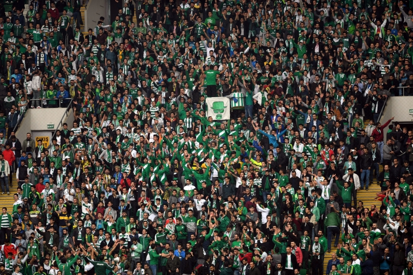 Timsah Arena'da 30825 kişi vardı