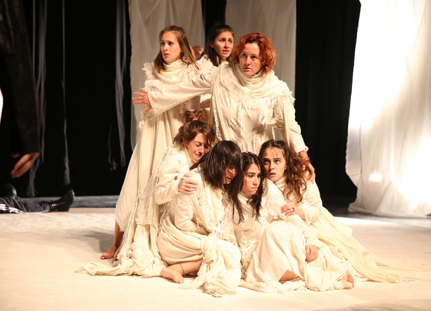 'Troyalı Kadınlar' gün sayıyor
