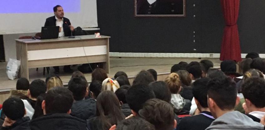 Türkiye Gençlik Vakfı Bursa İl Temsilciliği gençlerle buluşuyor