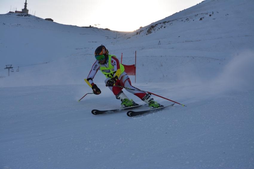 Türkiye kayakta Gençlik Olimpiyatları'na 7 sporcu ile katılacak