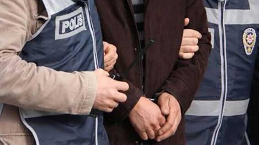 FETÖ'den 3 polis tutuklandı
