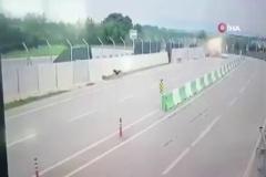 Tuzla'da hafriyat kamyonu dehşeti kamerada