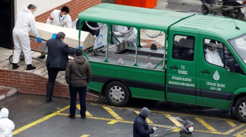 İş adamı 276 kişiye virüs bulaştırdı