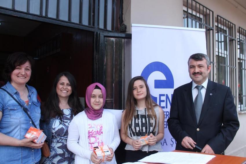 Bursalı öğrenciler enerji ödüllerine kavuştu