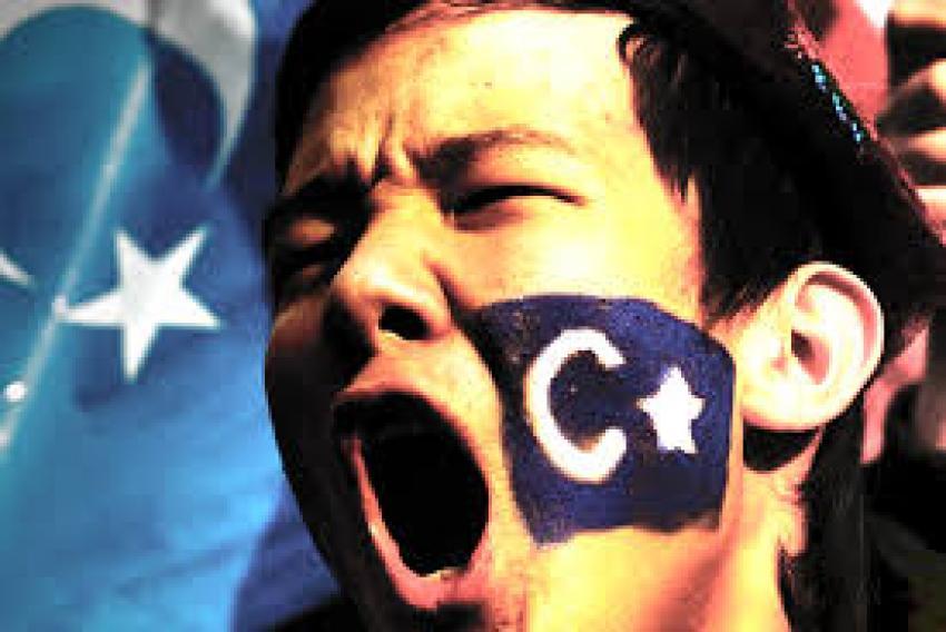 Tayland 109 Uygur'u denetlemeye gidiyor