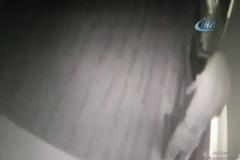 Uyuşturucu almak için anaokulunu soyan hırsız kamerada