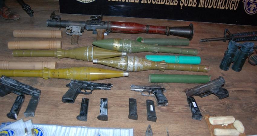 Viranşehir'de silah ve mühimmat ele geçirildi