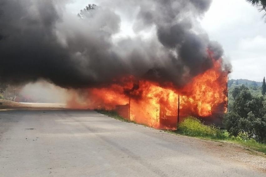 Bursa'da akü patlaması 2 evi kül etti