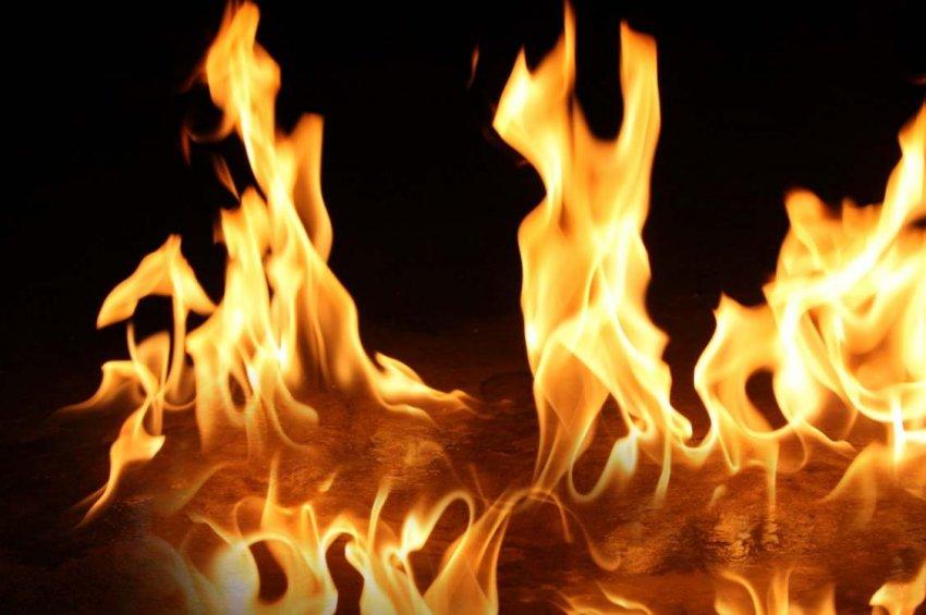Antalya'da AVM'de yangın