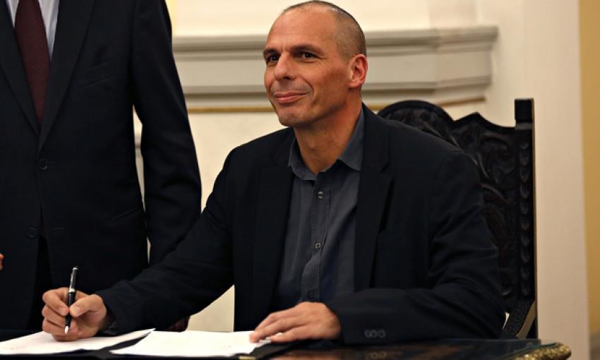 Yunanistan'dan bomba haber