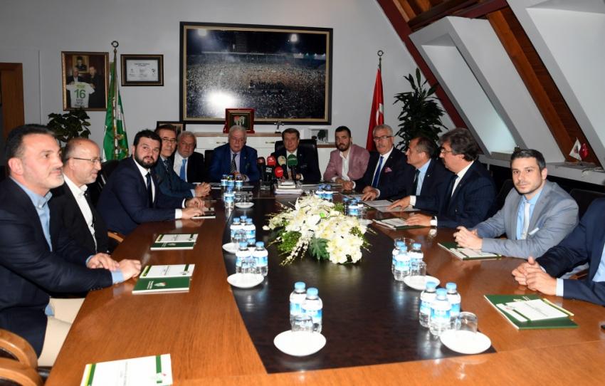 Bursaspor Yönetiminde şok istifa!