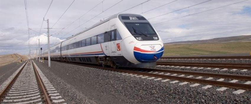 Yüksek Hızlı Tren'in çarptığı kişi öldü